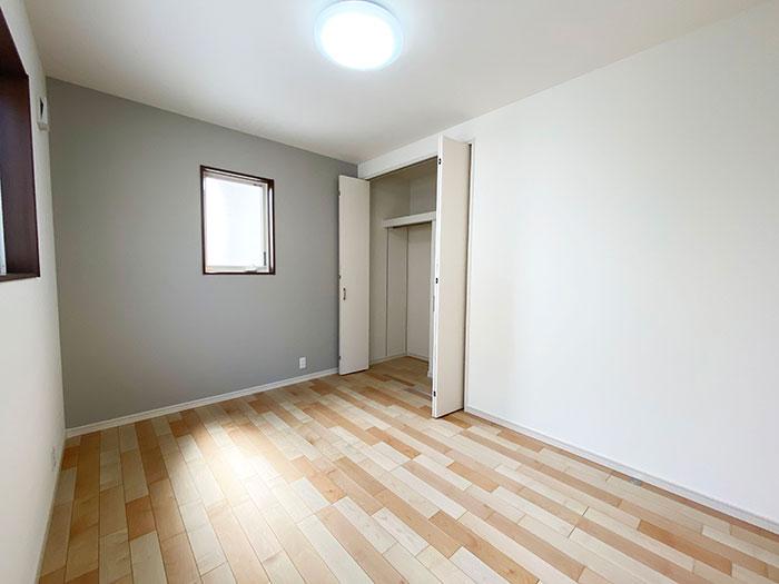ベッドルーム<br> 子供部屋に最適な広さのベッドルームです。