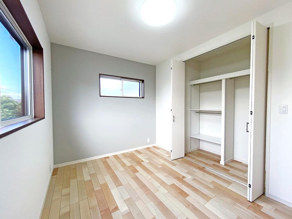 ベッドルーム<br> 子供部屋に最適な大きさのベッドルームです。