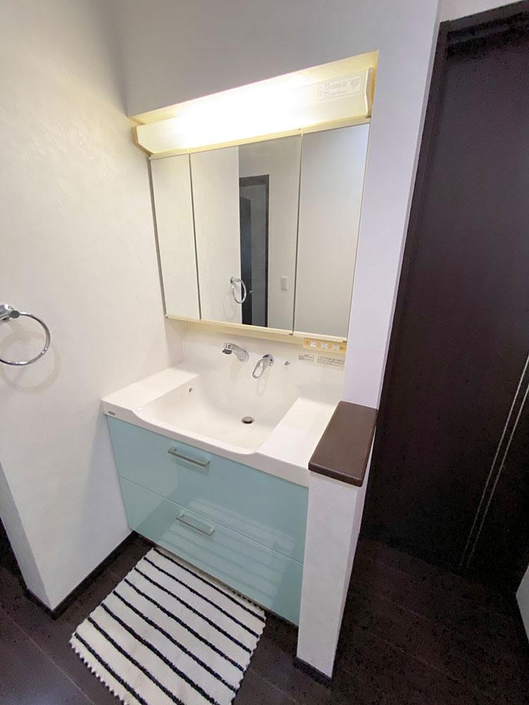 2階洗面化粧台<br> 2階にも洗面があることで忙しい朝の混雑緩和になります♪夜寝る前の歯磨きもここでできちゃいます。