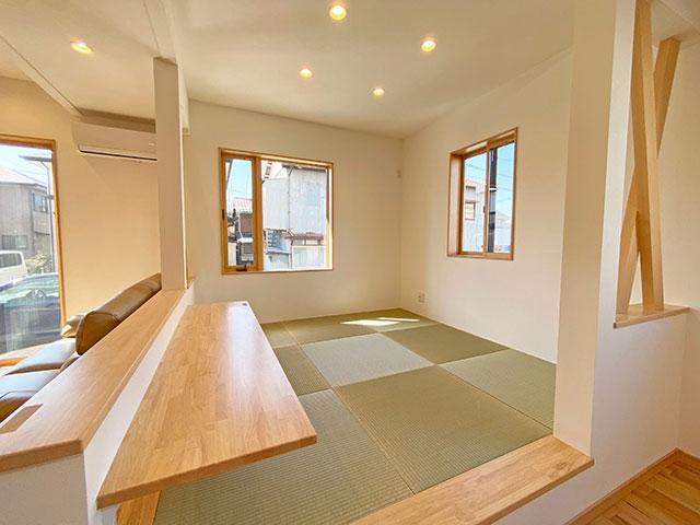 和コーナー<br> 空間のアクセントでもある畳の敷かれた和コーナーは、書斎、スタディーコーナー等用途を選びません。