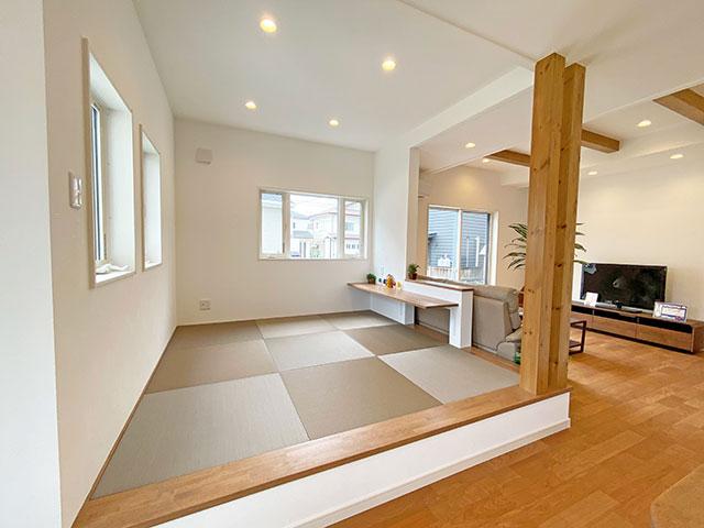 和コーナー<br> 少し横になりたい時や、お子様の遊び場にもなる畳がございます。