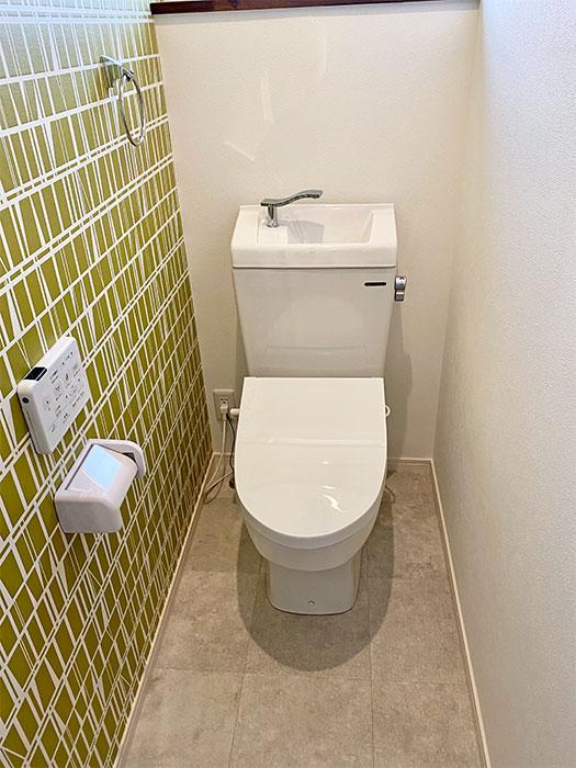 2階タカラのトイレ