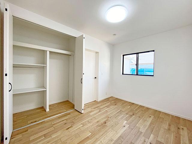 ベッドルーム<br> 子供部屋に最適なゆとりのある6帖のベッドルームです。