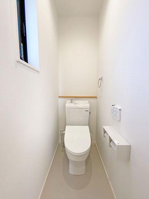 2階トイレ<br> 混雑する朝に嬉しい!2階にもトイレを配置しました。