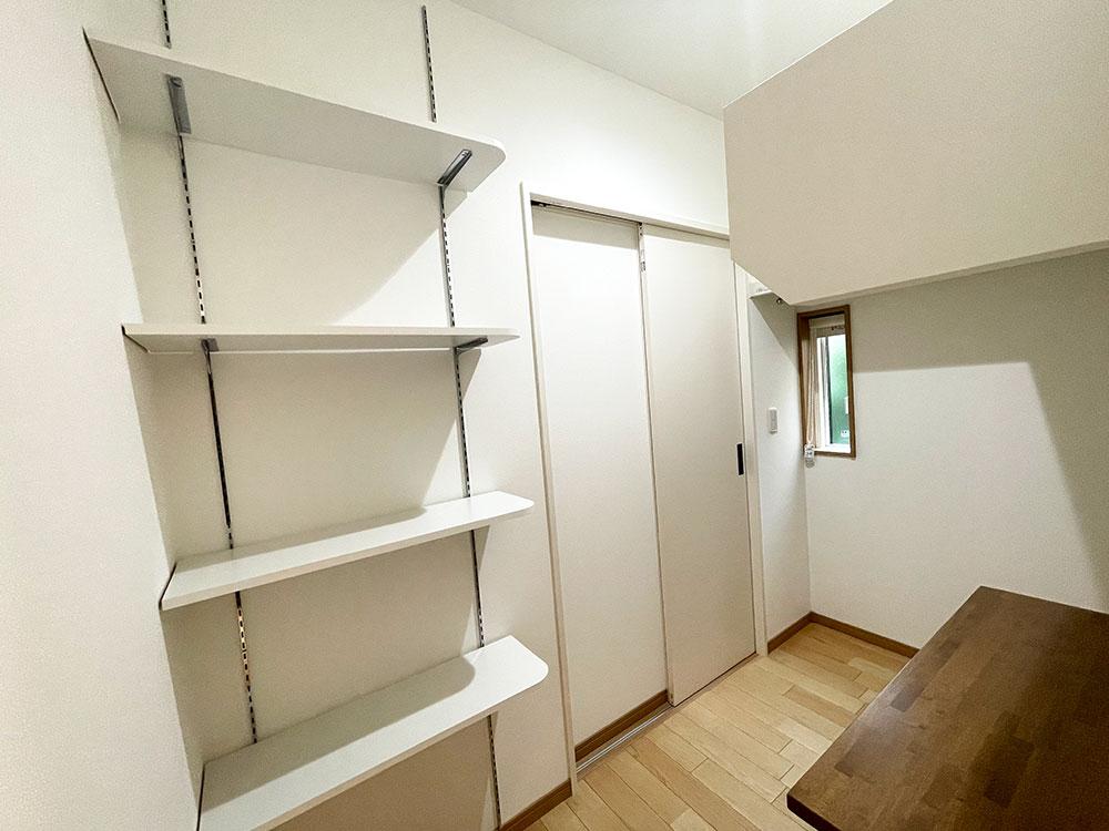 【ファミリーCL】玄関からも回遊動線なので部屋が散らかりにくい。