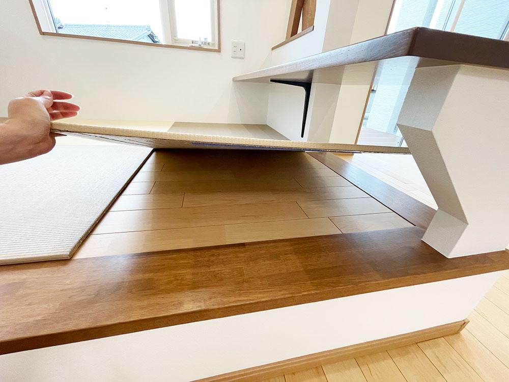 和コーナーの畳は置き畳なので、模様替えもできますね。