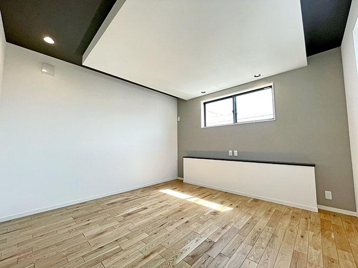 9帖のメインベッドルーム<br>十分な広さを確保したメインベッドルームです