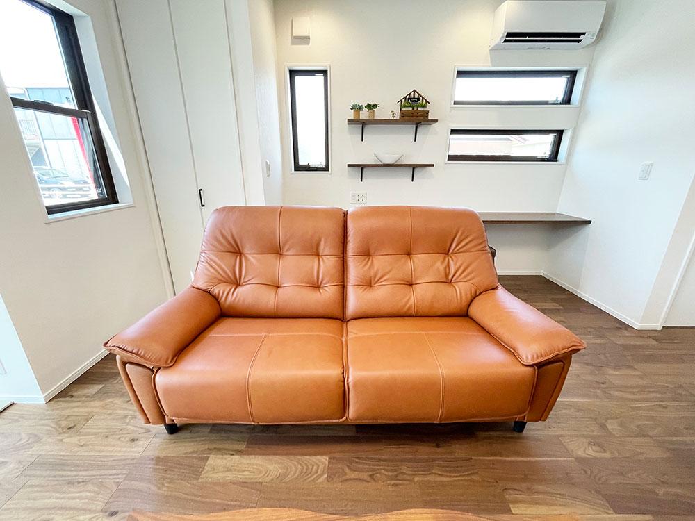 上野屋さんのソファ