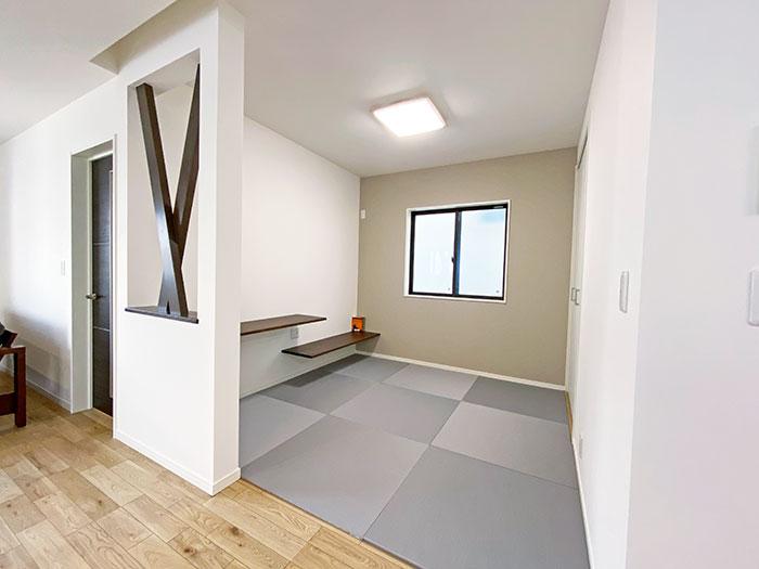 和空間<br> 小さなお子様の遊び場やお昼寝スペースとしても活躍します!すぐにキッチンにも行けて便利です。