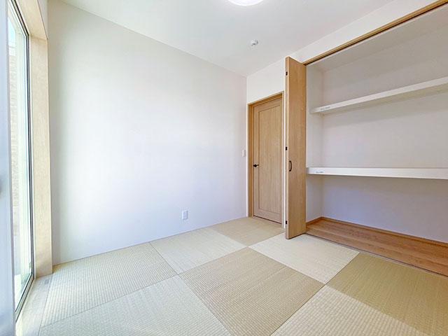 和室<br> さまざまな使い方が出来る和室をご用意しました。