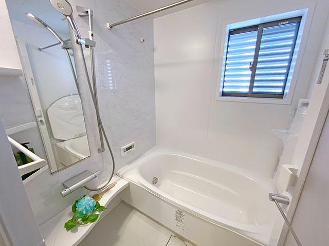 LIXILの浴室<br> 人がお風呂に求める「心地いい」という瞬間のために進化した浴室。