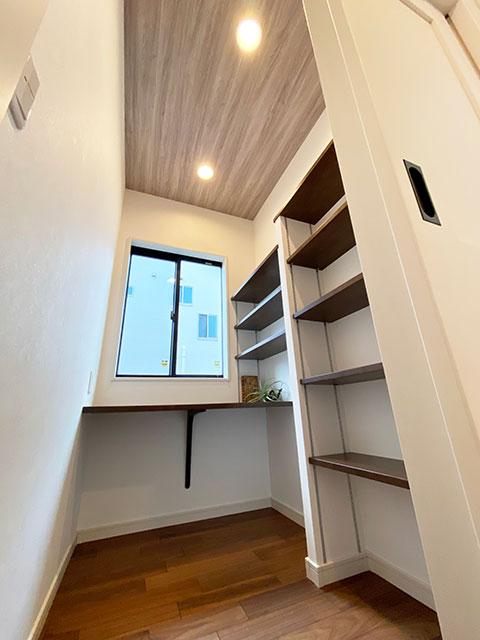 隠れ家<br> 読書や趣味に集中したい時におすすめの空間。