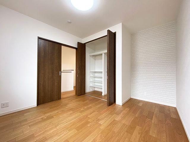 ベッドルーム<br> 子供部屋に最適な6帖の広々とした洋室です。